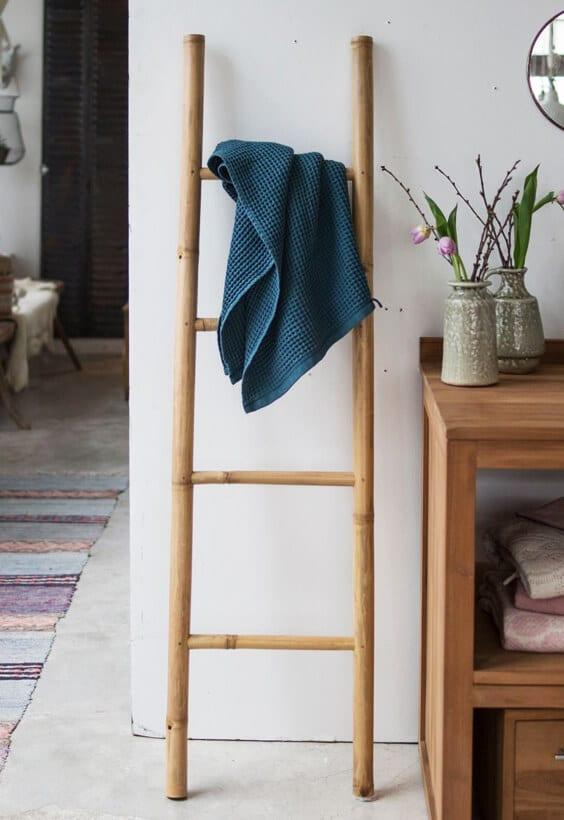 échelle serviettes salle de bain