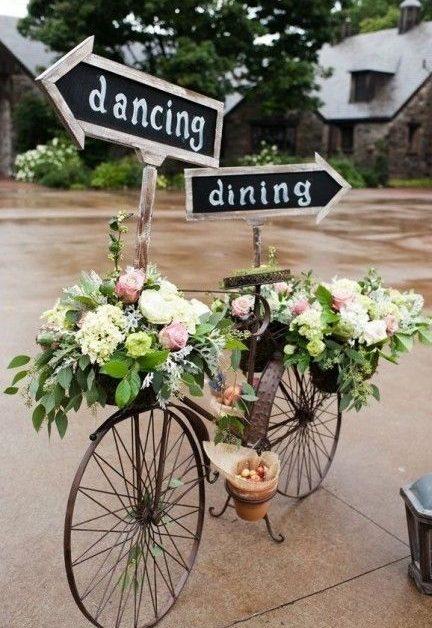déco vélo mariage champêtre