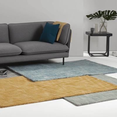 tapis en laine couleur