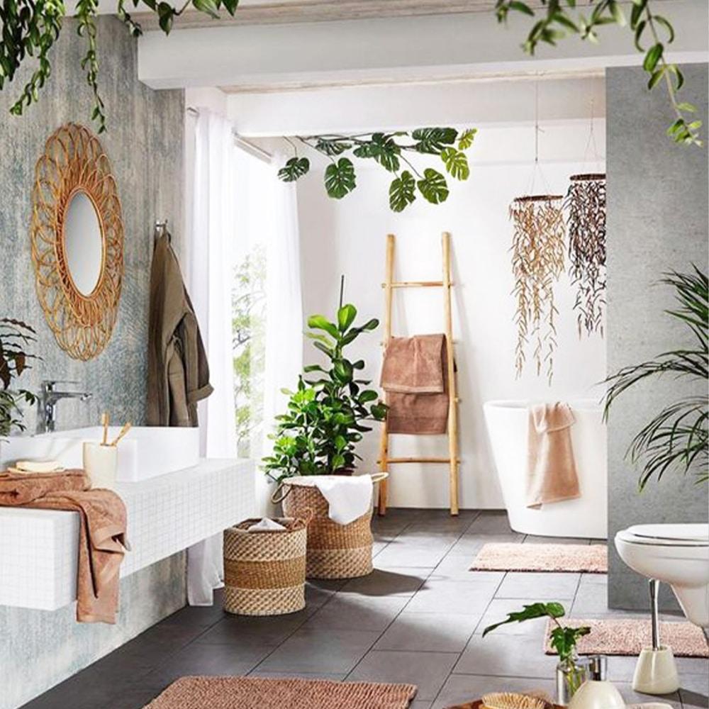 salle de bains plantes