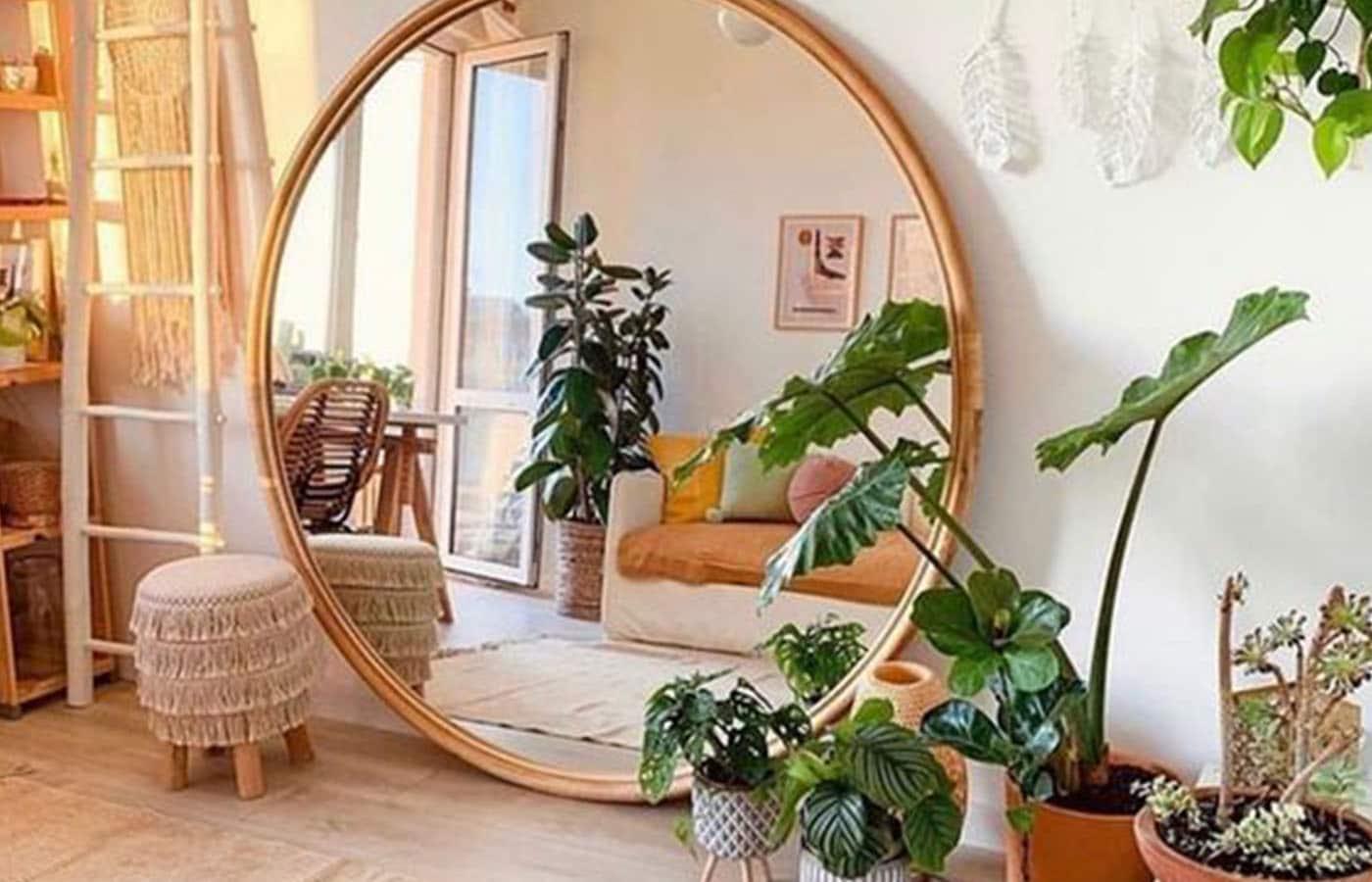 miroir agrandir appartement