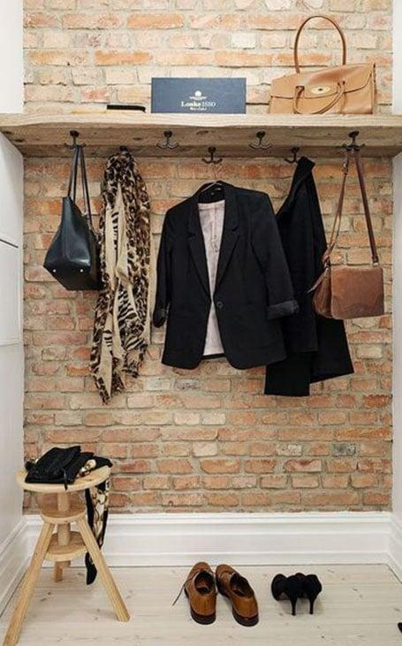 étagère porte manteaux
