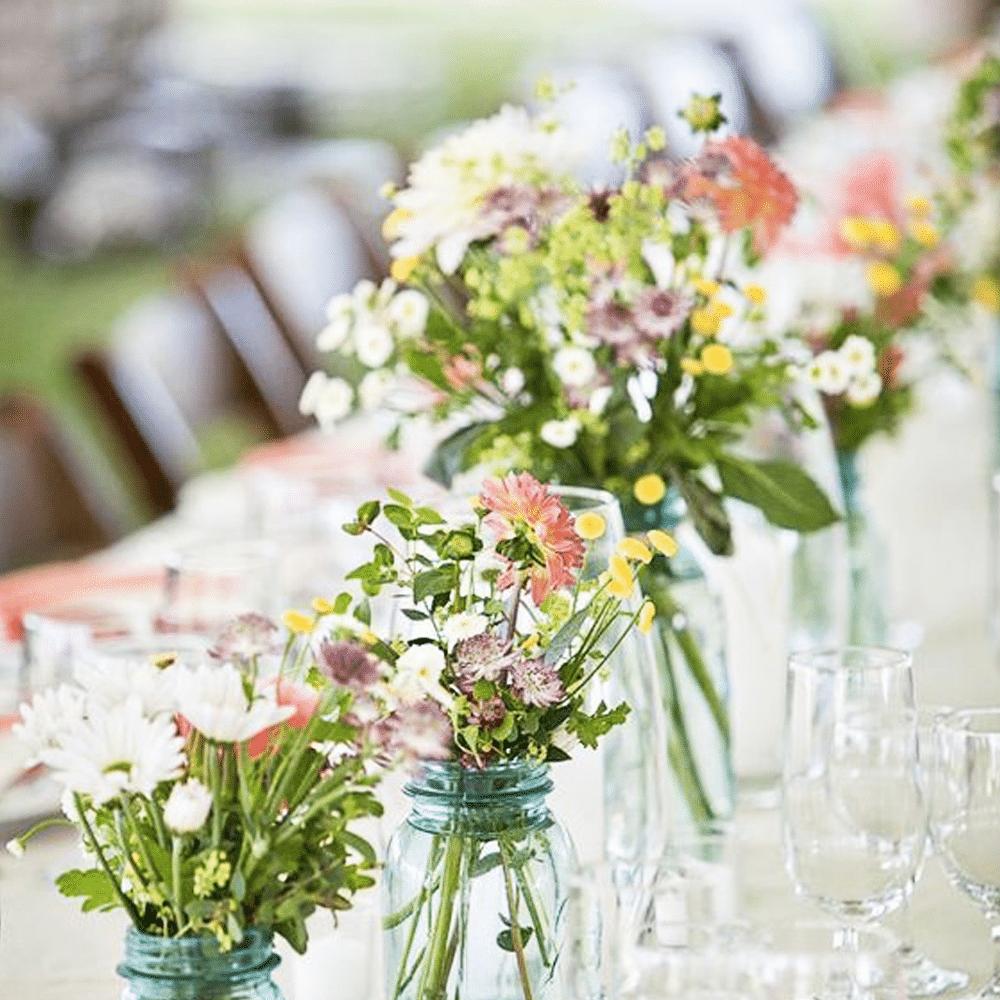 table déco fleurie printemps