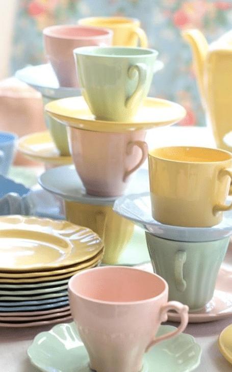 vaisselle pastel printemps