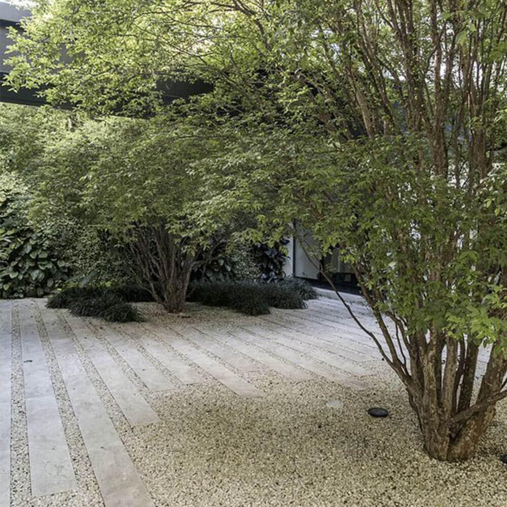 deco minéral gravier jardin